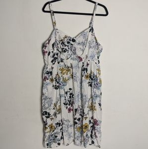 Torrid•Floral Dress with Pockets sz 3X